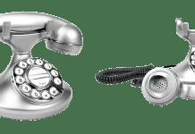 telefoon ouderwets met toetstel en hoorn