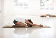 yoga asana kindhouding yogalessen child's pose