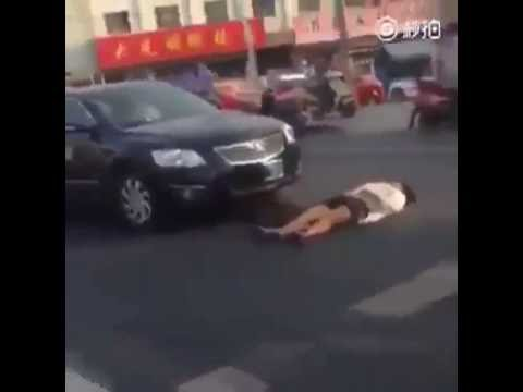 She Pretends to Get hit by a Car and Gets What She Deserves After