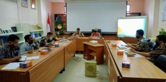 Rapat evaluasidalam rangka PAD. antara Prusda Dewan Pengawas dan Pemerintah kabupaten Muara Enim di ruang rapat Kantor BPKAD, Kamis (16/7 /20).