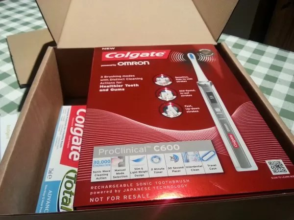 Unpacking the Colgate ProClinical toothbrush - snazzy packaging