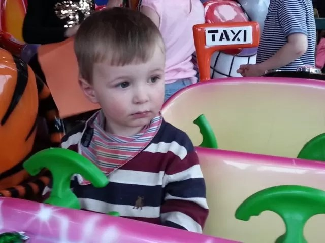 carousel car