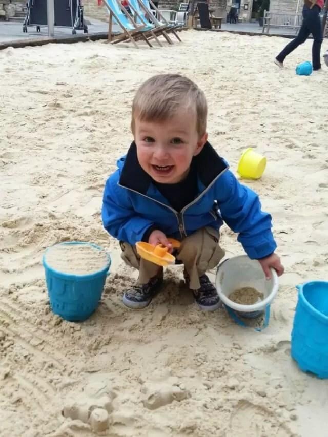 Oxford beach play