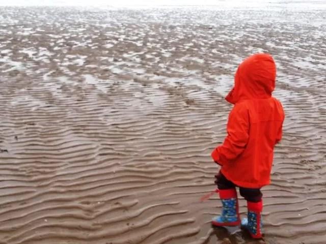 toddler on cleethorpes beach