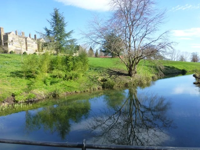 Batsford house and lake