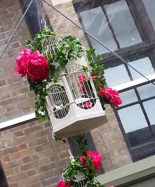 floral-birdcage-display-at-britmums.