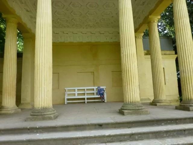 stowe gardens temple