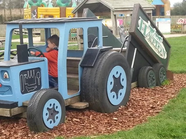 hatton childrens tractor