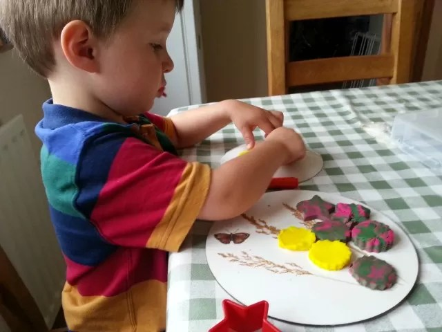 making playdoh biscuits