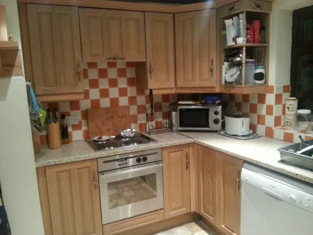 decluttered and tidy kitchen