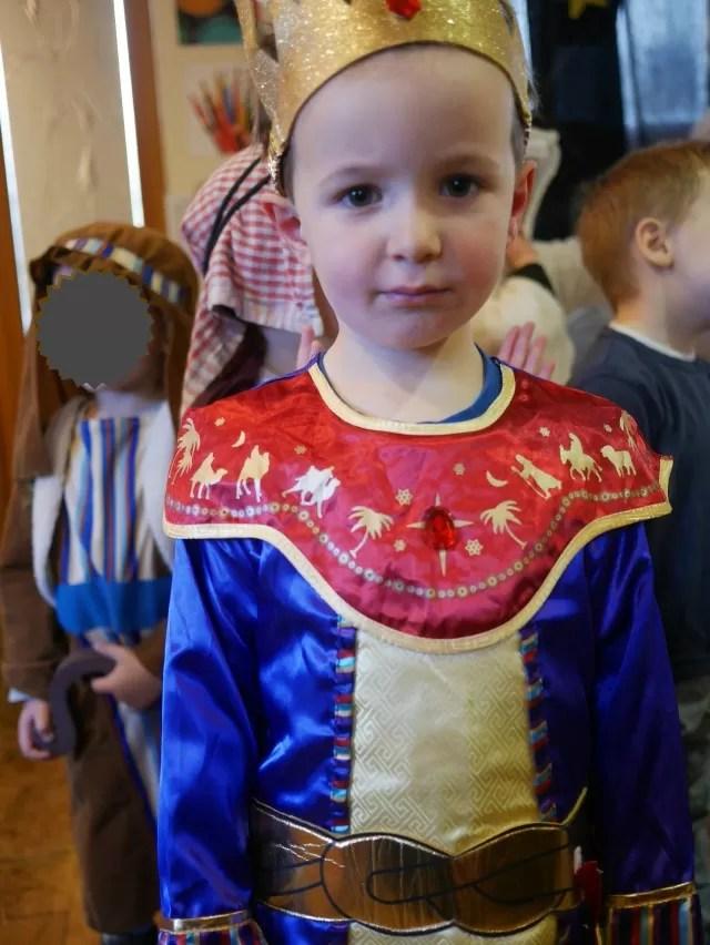 noisy nativity king