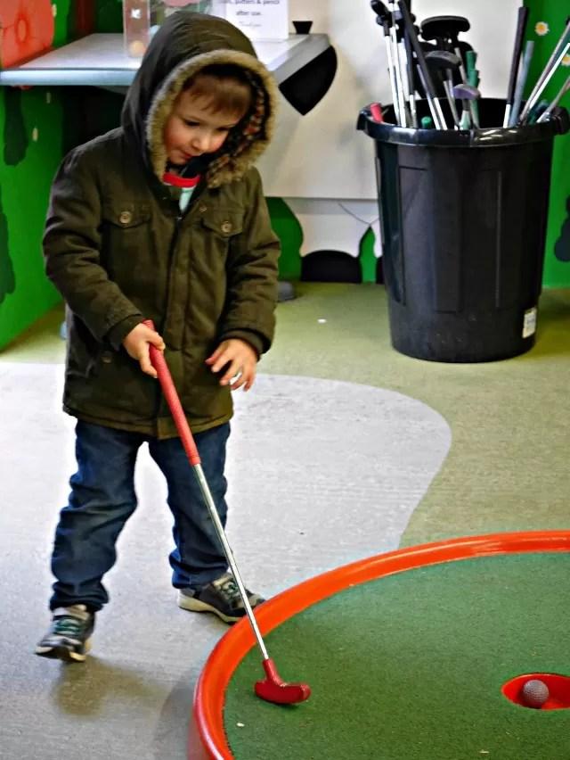 mini golf at babbacombe