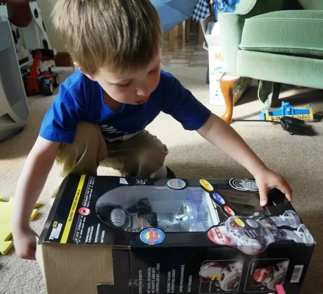 Opening the remote control toy robot