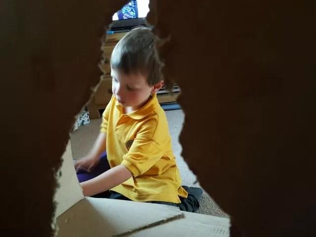making a cardboard tv