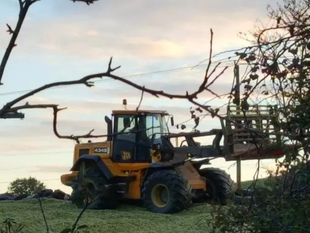 sileage clamp by sunset