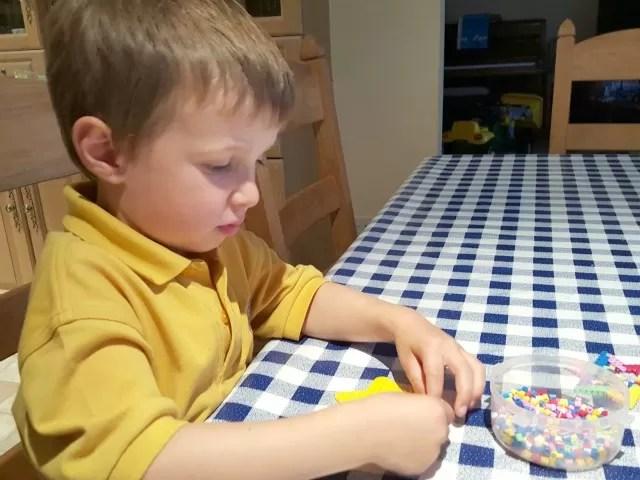 hama beads play