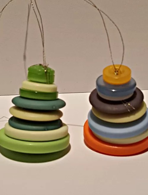 button christmas tree decorations