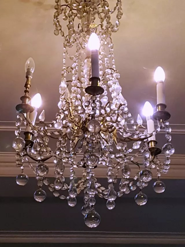 chandelier light at Upton House