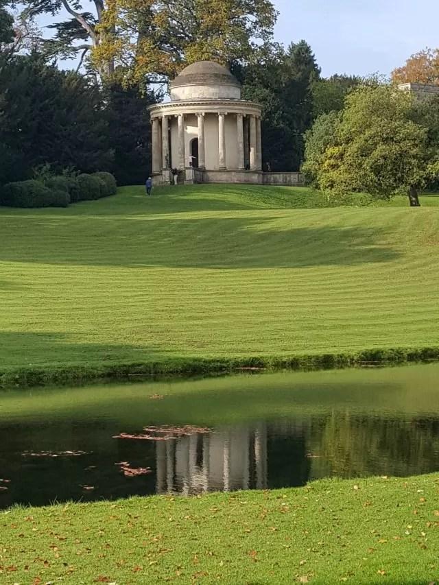NT Stowe gardens