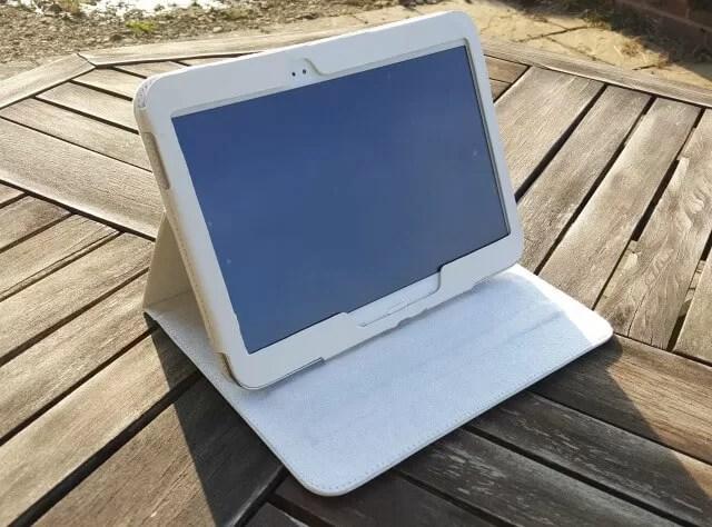 Mr Nutcase tablet case stand