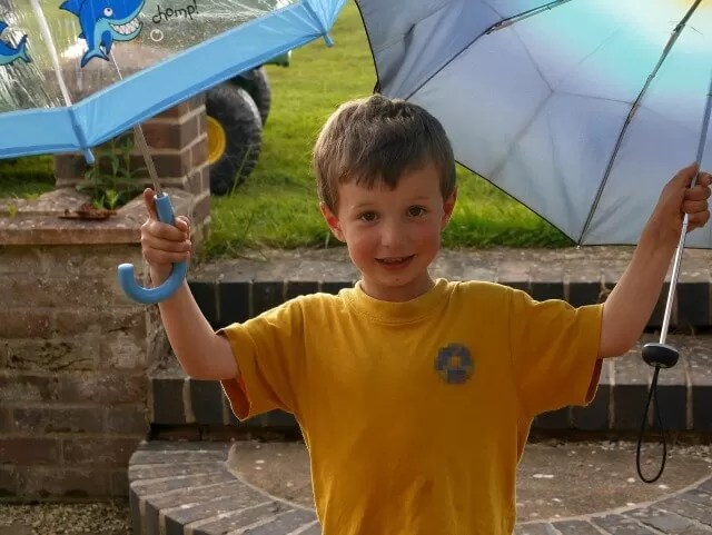 Living Arrows 25 fun with umbrellas