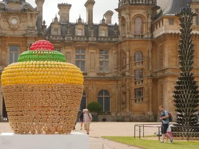fruit basket sculpture at Waddesdon