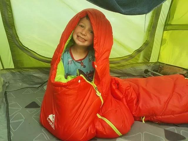 Kids sleeping bag caterpillar