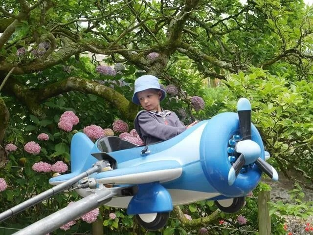 airplane ride at watermout castle