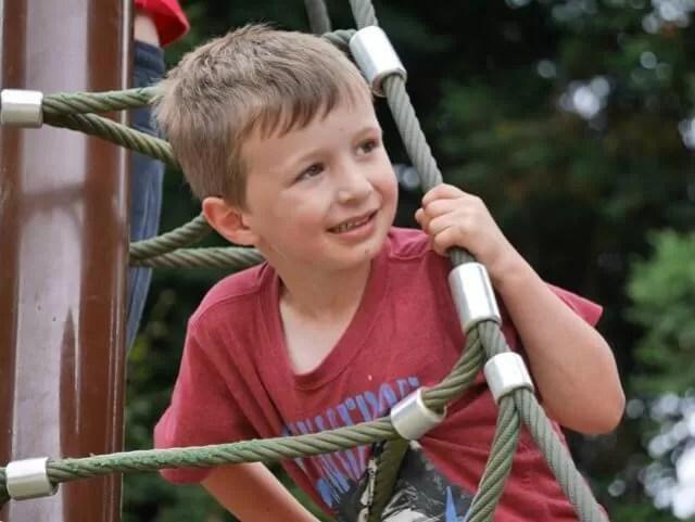 enjoying-playgrounds