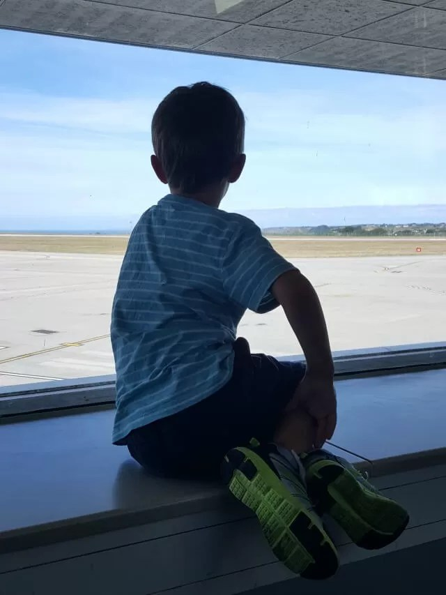 watching the airport at jersey