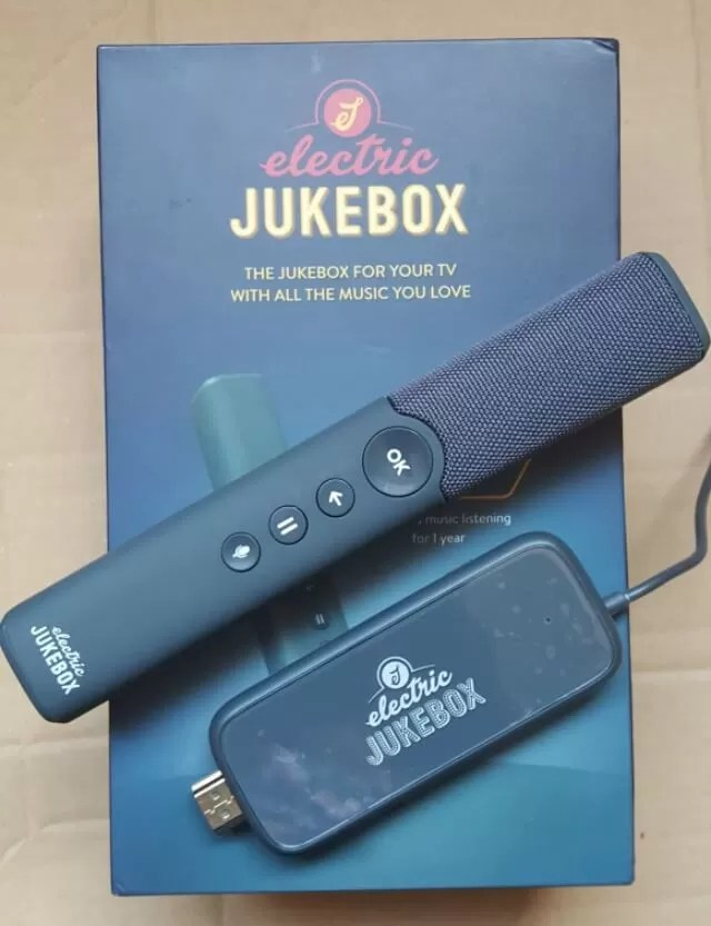 Electric jukebox for tv music streaming - Bubbablue and me