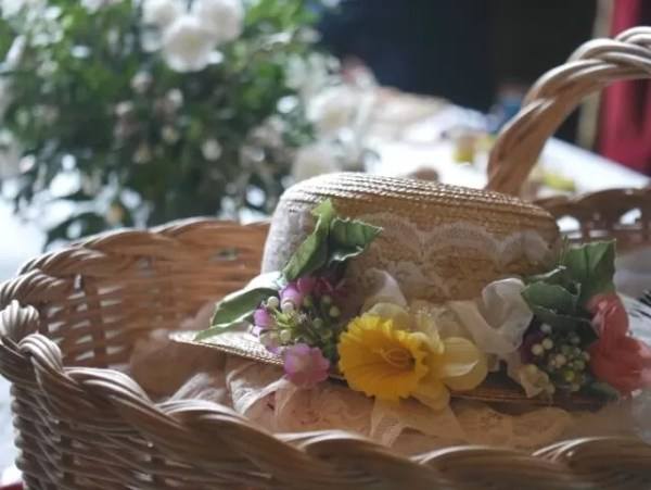 My Sunday photo pretty hat and flowers at Mottisfont