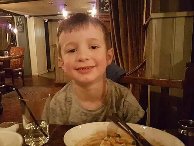 happy with his food at fox and hounds