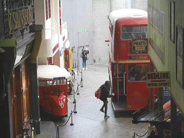 buses at Beaulieu