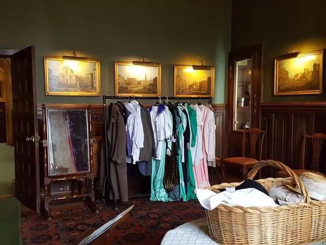 dressing up at beaulieu palace house