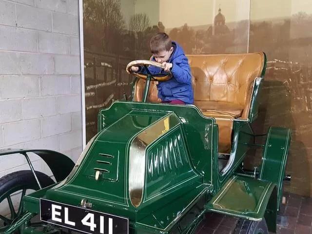 driving vintage cars at beaulieu
