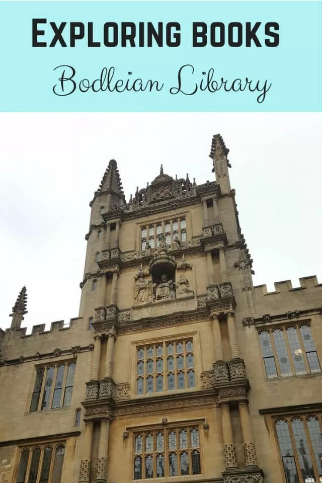 Exploring books at Bodleian Library Oxford - Bubbablue and me