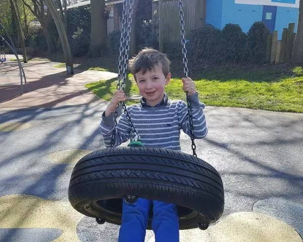 Living Arrows 2017 week 14 – tyre swing