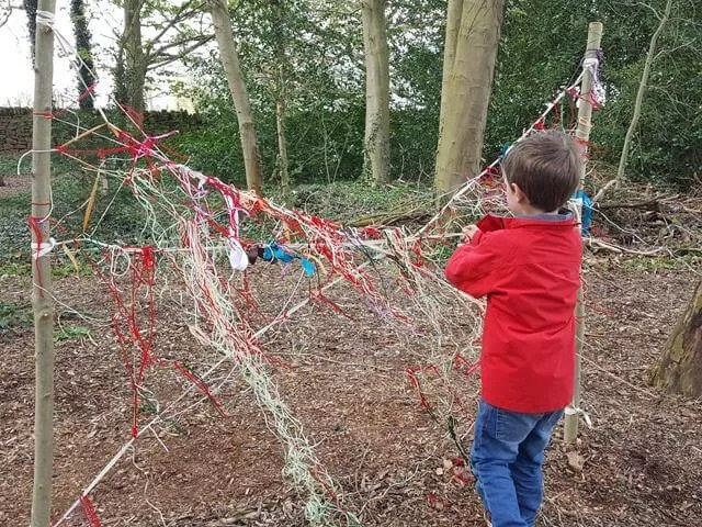 making spiders webs