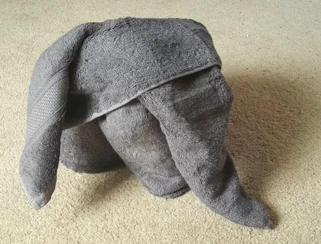 folding towel elephants