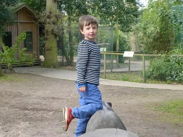posing at amazonia zoo