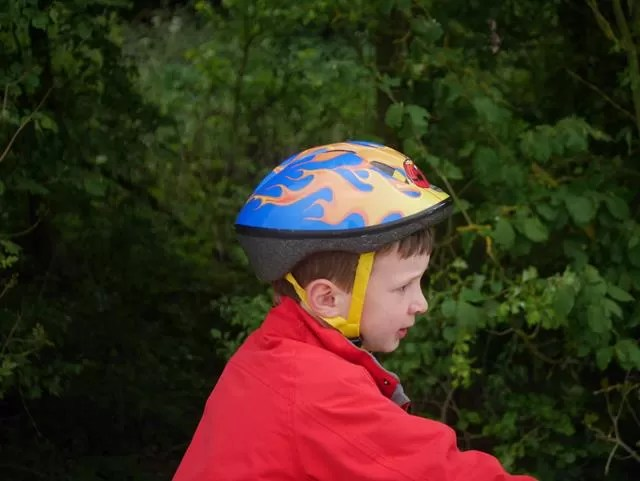 too small cycling helmet