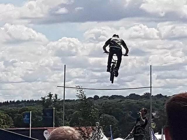 bmx dispay jump