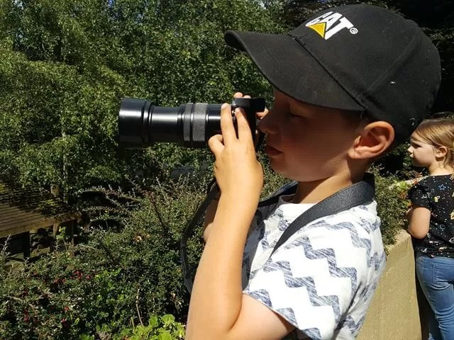 boy photographer at dudley zoo