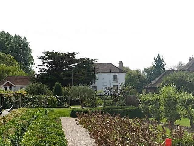 fishbourne roman place gardens