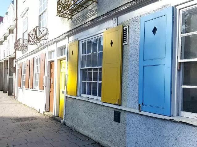 longwall street shutters