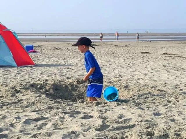 owning holes on west wittering beach