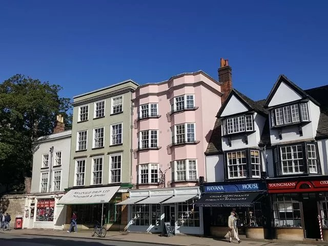 shop fronts in high street oxford