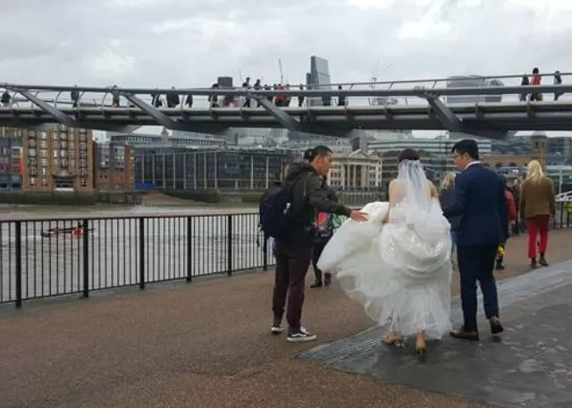 wedding photos on south bank