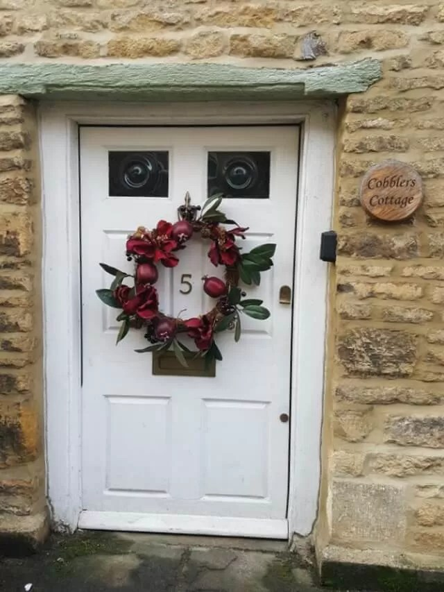 front door complete with niche